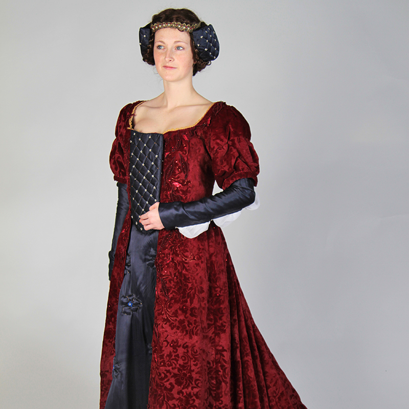 Queen Igraine Cosplay Theatrical Velveteena Leigh