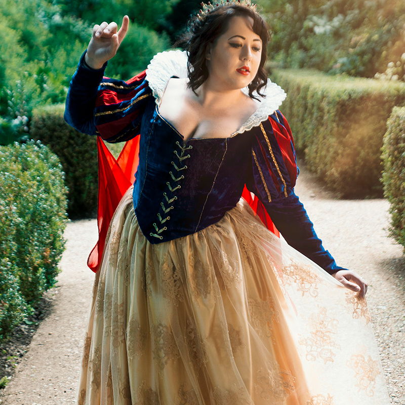 Snow White Dress Bespoke Cosplay Comicon ft Velveteena Leigh